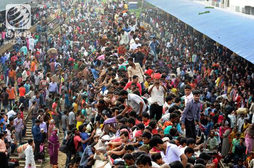Поезд сошел с рельсов в Индии: около 100 погибших, более 200 ранены - Цензор.НЕТ 1644