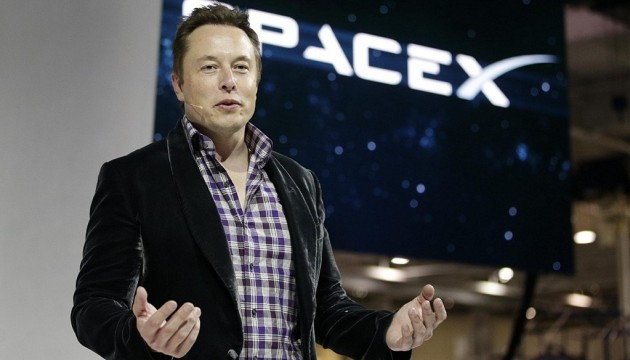 SpaceX ������� ��������� �� ���� ������� �������