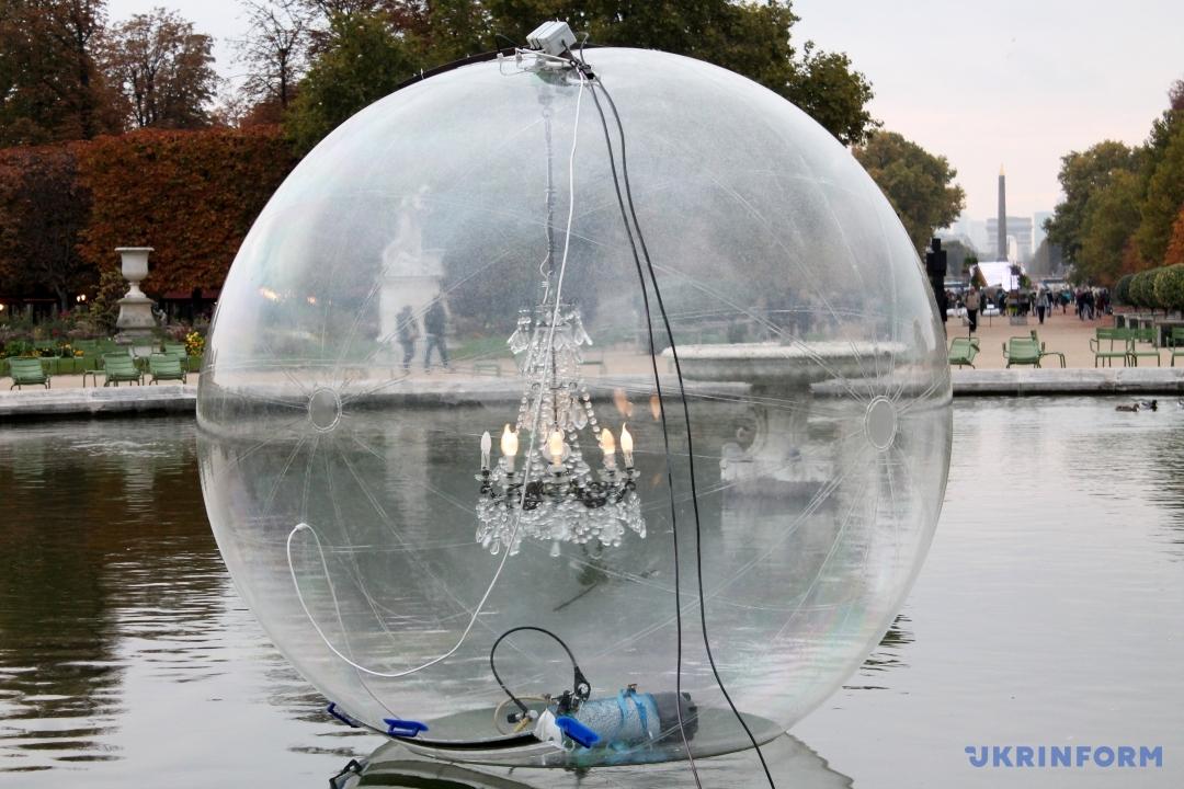 Инсталляция Бурхарда Мауса