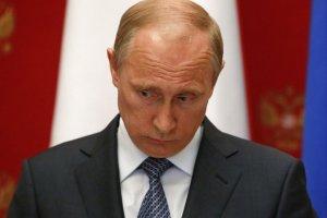 "Вloomberg: Con ""sabotaje en Crimea"" Putin agrava sus posiciones"