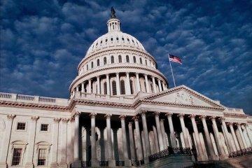 Сенатори закликали Обаму припинити домовлятися з Асадом і Путіни