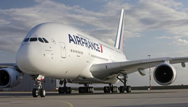 На борту французского самолета найдено взрывное устройство - Цензор.НЕТ 1208
