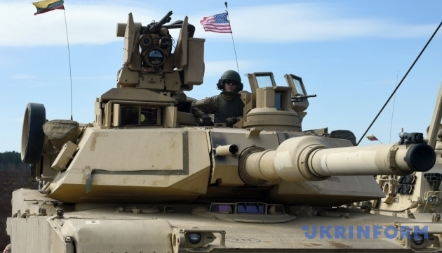 Американцы начнут танковую ротацию в Европе в феврале-2017