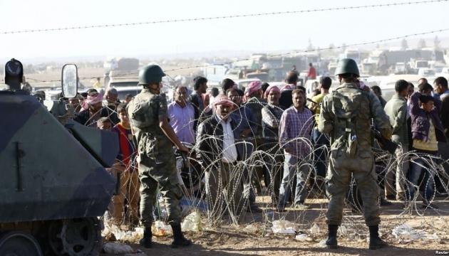 На турецко-сирийской границе расстреливают беженцев - СМИ