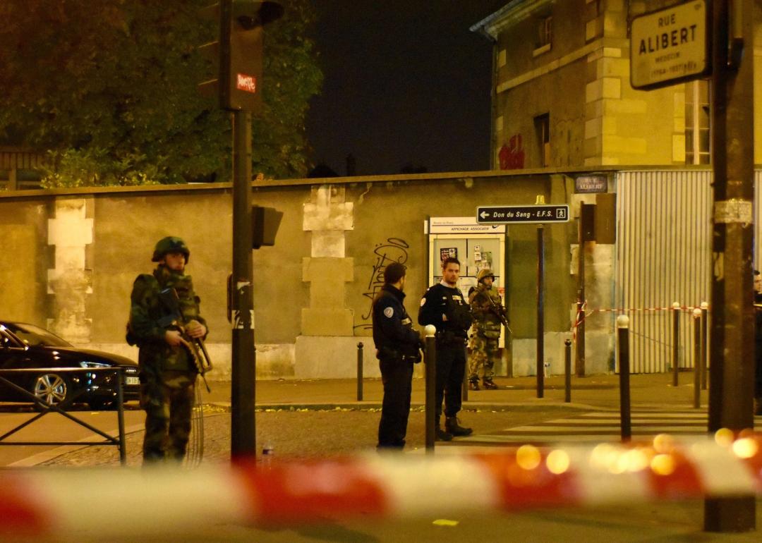 Отдельные таксисты у вокзала в Париже взвинтили цены в несколько раз