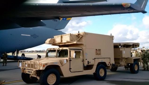 В США продолжаются дискуссии о военной помощи Украине - конгрессмен