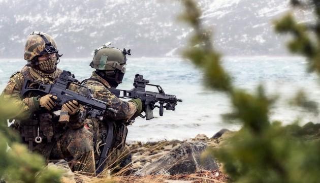 Бундесвер хочет набирать в «наступательные войска» рекрутов со всего ЕС