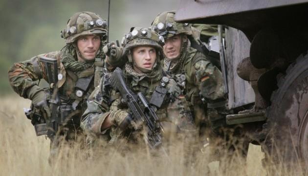Польша упростила допуск войск НАТО на территорию страны