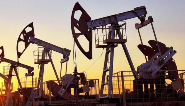 Нефть в мае упадет до $30 - Bloomberg