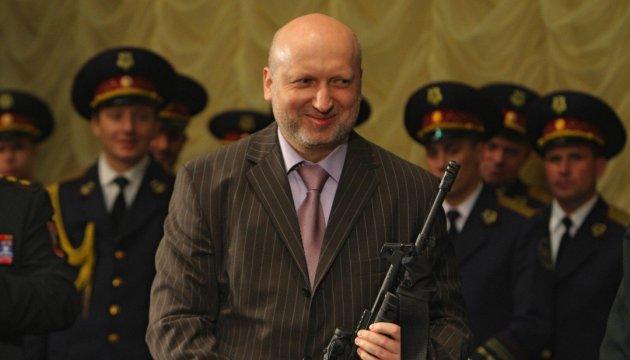 Турчинов задекларував 1,6 мільйонів доходу