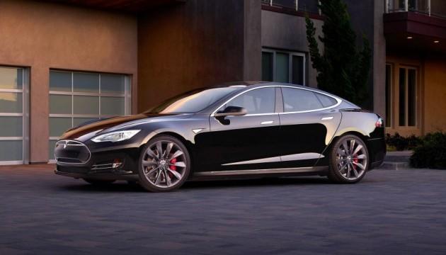 Маск отримав права на Tesla.com після 10 років очікування