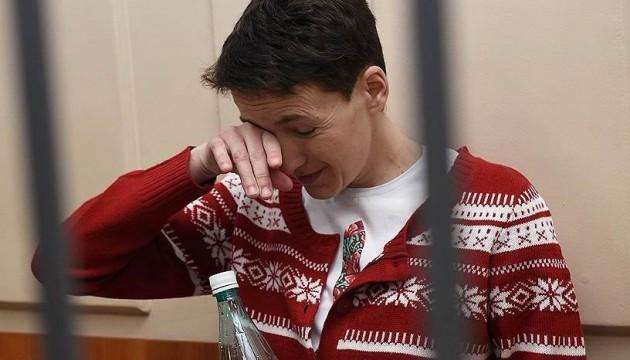 Савченко попросила суд про перерву: їй стало зле