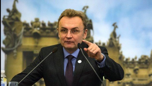 Порошенко поручил Полтораку увеличить финансирование военных полигонов - Цензор.НЕТ 6164