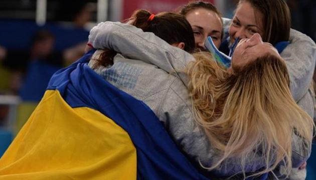 Порошенко привітав шаблісток з перемогою у фіналі етапу Кубка світу