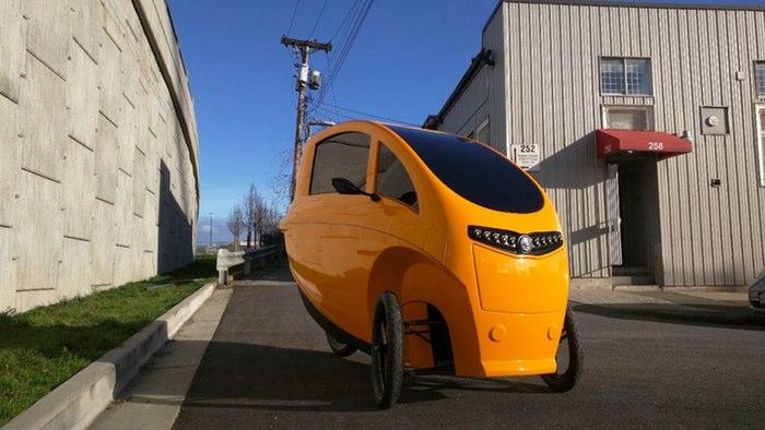 У Ванкувері облаштували точки оренди гібридних «велосипедів/автомобілів» Veemo.