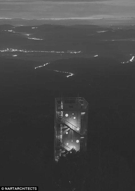 Угорська оглядова вежа перетворилася на хостел