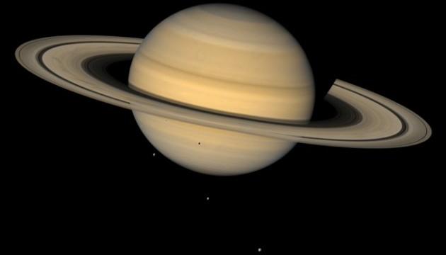 """NASA розкрило """"обман"""" кілець Сатурна"""