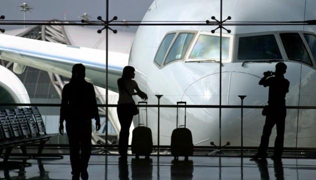 Авіакомпанія залишила туристів без квитків і зникла безвісти