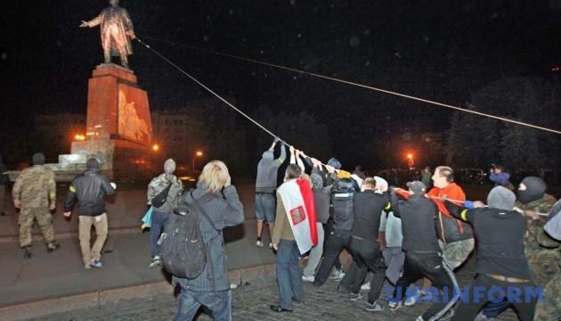 Поліція перевіряє факт самовільного демонтажу пам'ятника Леніну
