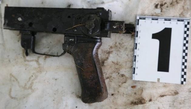 Силовики показали зброю, з якої розстрілювали Майдан