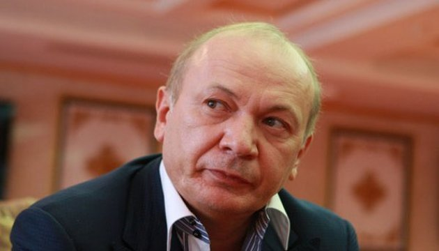 Інтерпол вже отримав папери про зняття Іванющенка з розшуку - нардеп