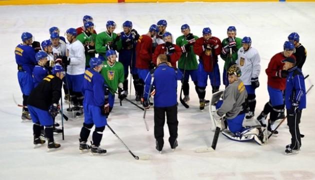 Українські хокеїсти у вівторок летять на олімпійський відбірковий турнір