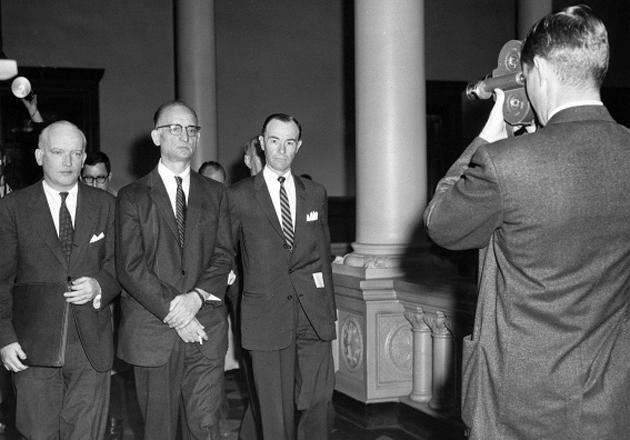 Обмен советского разведчика Рудольфа Абеля, арестованного 21 июня 1957 года в Нью-Йорке, на американского летчика Фрэнсиса Пауэрса / Фото: AP Photo