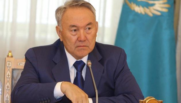 Назарбаев предупредил, что не допустит в Казахстане