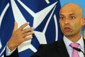 Nato-Sondergesandte: Ukraine soll sich auf innere Reformen konzentrieren