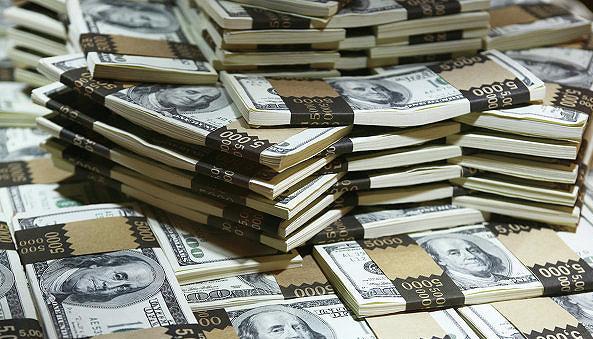 Президенту посоветовали, на кого переложить государственные долги