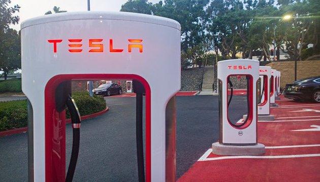 Маск анонсував нову систему безпеки для Tesla
