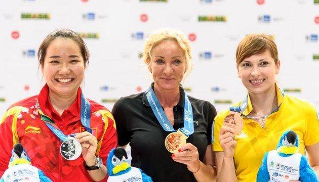 Олена Костевич завоювала другу медаль на етапі КС-2016 з кульової стрільби