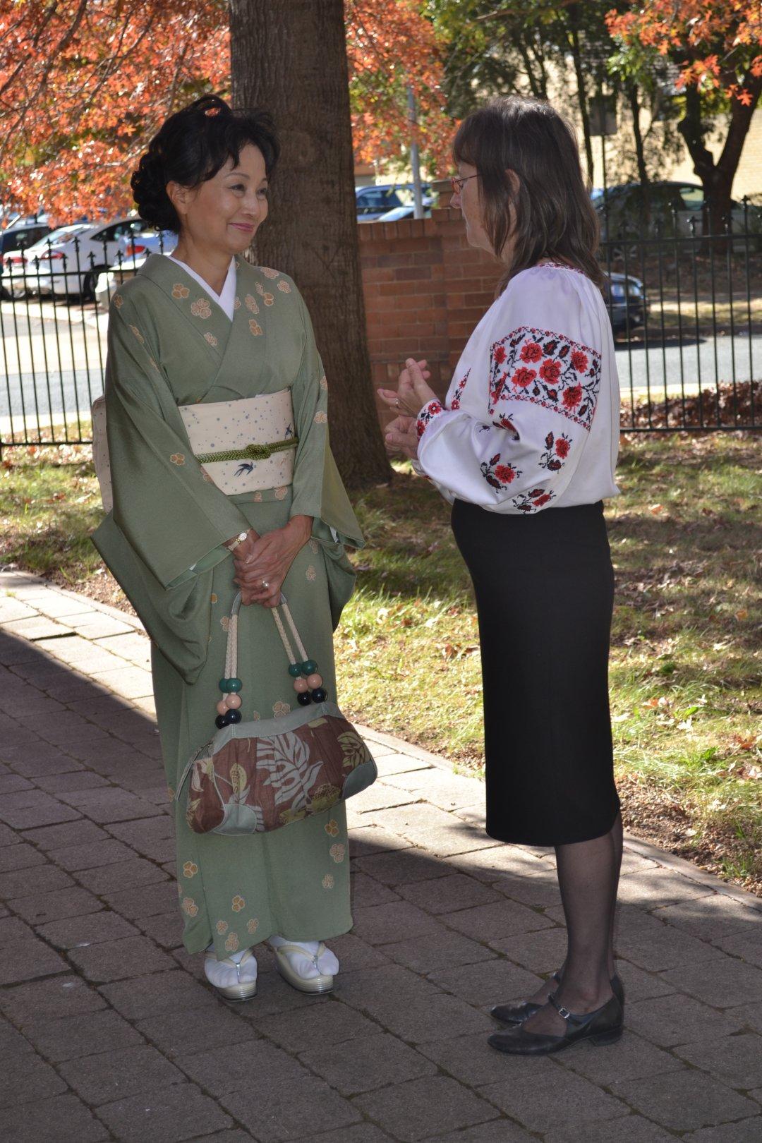 Україна-Японія: національні костюми