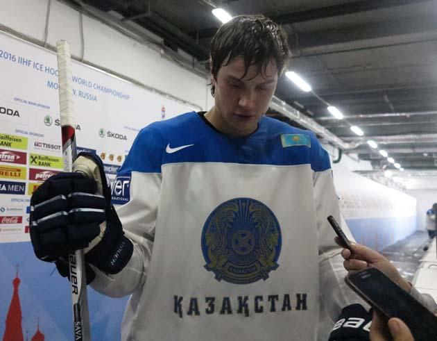 Герой другого дня Чемпіонату світу з хокею - Роман Савченко