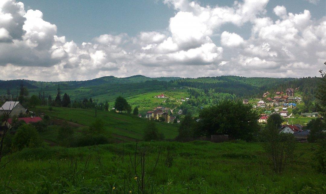 Вид з пагорба Східницького замку