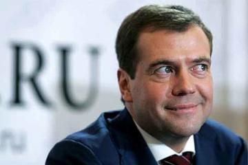 Medvedev a los crimeanos: no hay dinero para las pensiones, que tengan buen humor