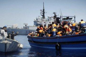 Біля Лівії в морі врятували півтори сотні мігрантів