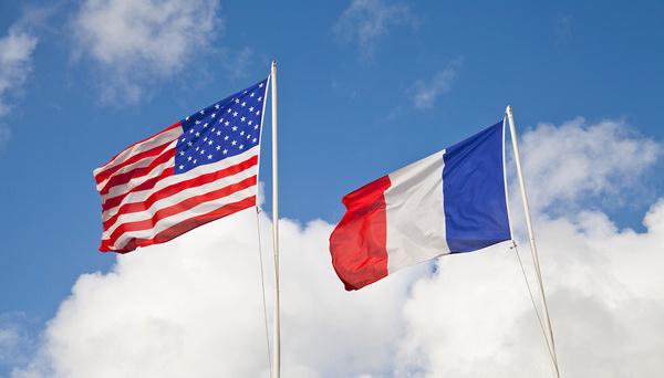 Франция закупит у США почти шесть сотен управляемых бомб