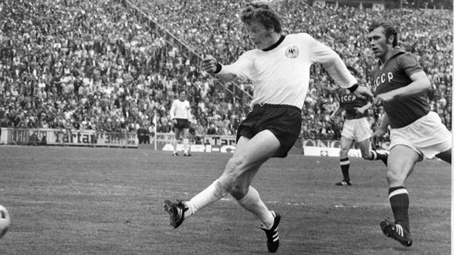 Херберт Віммер забив другий м'яч у фіналі ЧЄ-1972. Фото: Getty Images