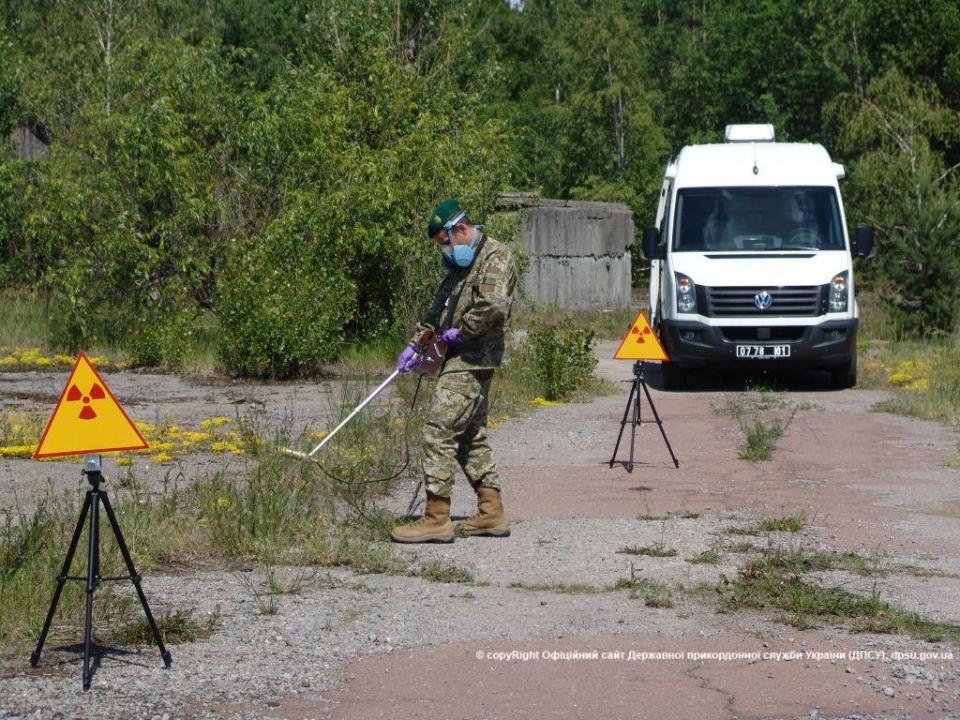 Під Чорнобилем випробували мобільний радіаційний комплекс (ФОТО, ВІДЕО) - фото 1