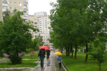 В Украине завтра тепло, но дождливо
