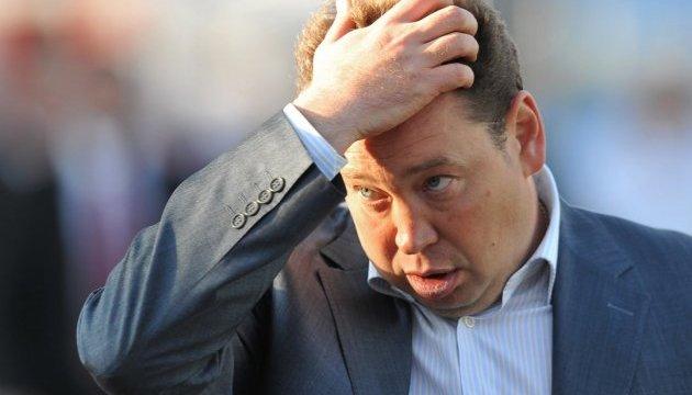Тренер сборной России подал в отставку после провала на Евро-2016