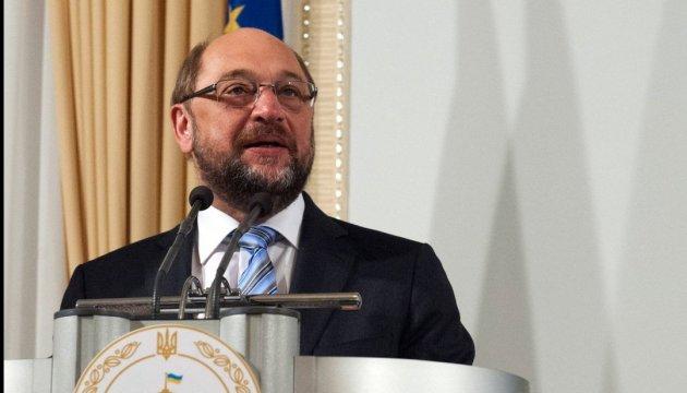 Шульц призвал лидеров ЕС как можно скорее дать Украине безвиз
