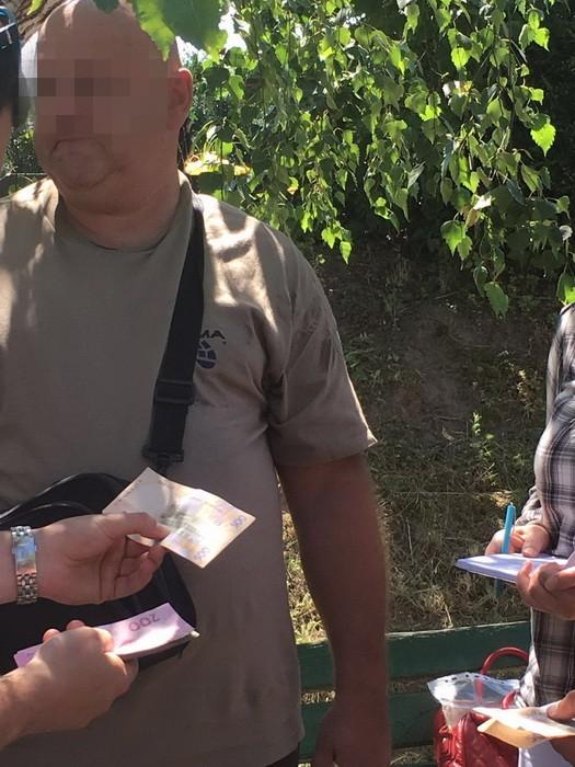 начальника крематория взяли на взятке фото: СБУ