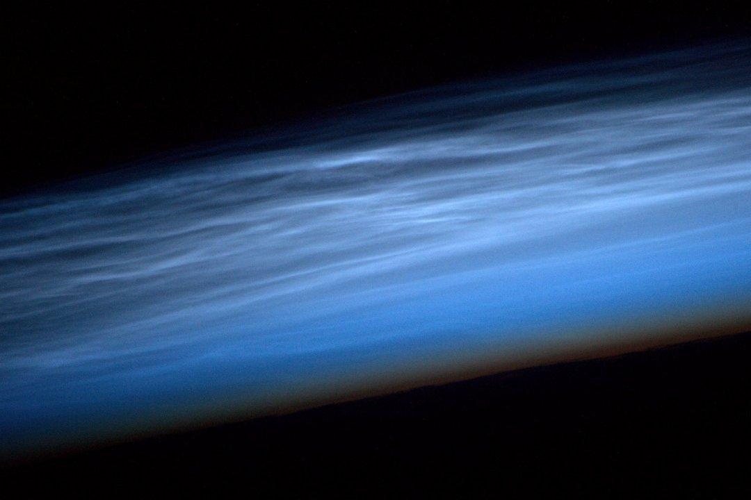 Астронавт NASA показав знімок рідкісних хмар з борту МКС