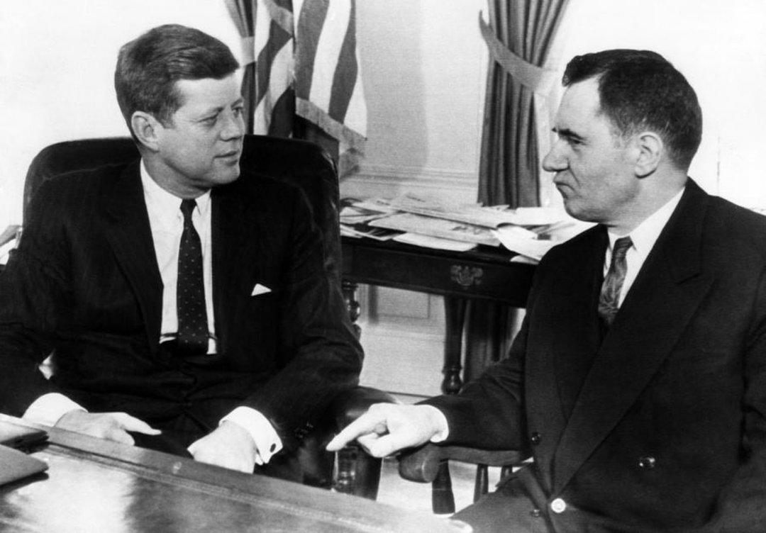 На фото Джон Кеннеді - ліворуч, Андрій Громико - праворуч