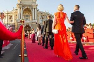 Про кордони, колючий дріт і мости: Шостий день Одеського кінофестивалю