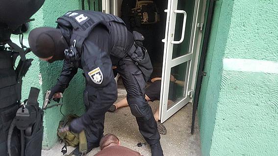 ВЖитомире навзятке в $5 тыс. словили  сотрудника уголовного розыска