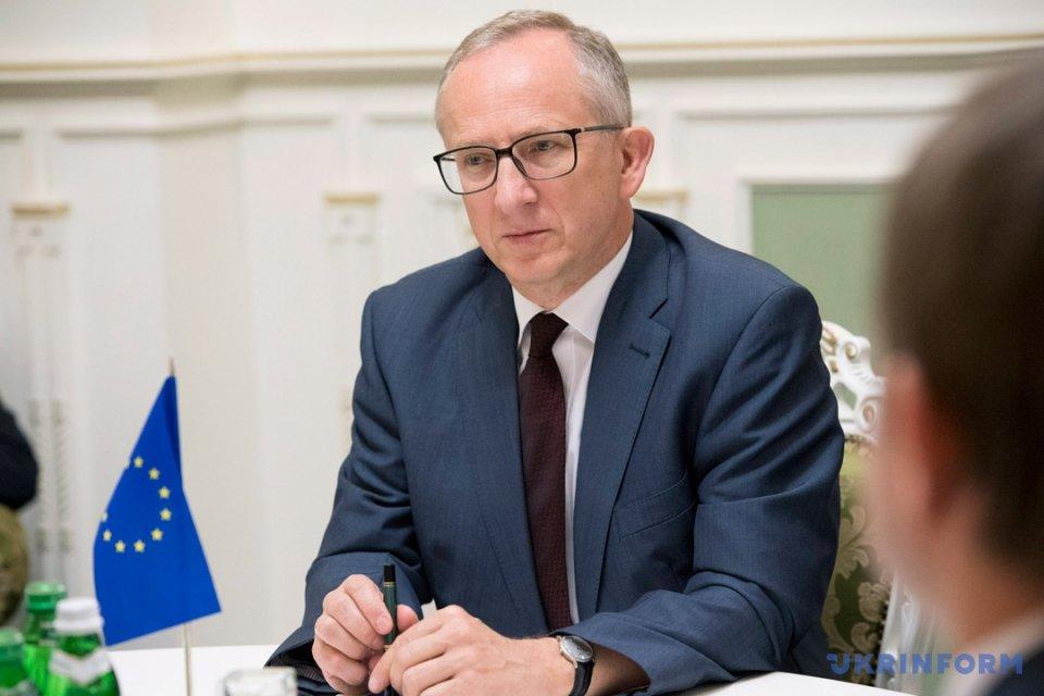 Гройсман закликав Європу пришвидшити безвіз