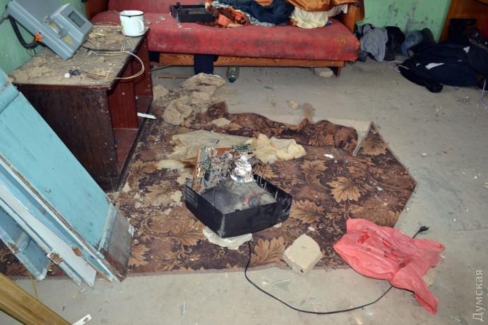 Будинок підозрюваного у вбивстві Михайла також розгромили. Фото: Думська.